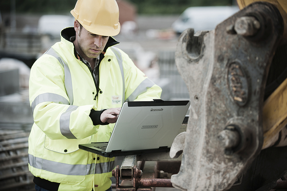 Panasonic Toughbook CF-54 and Construction